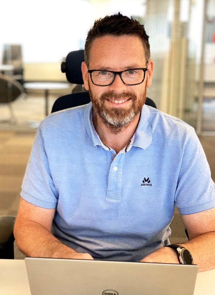 Bilde av Kai Røen, digital leder og prosjektleder i Haus Byrå - stående