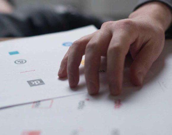 designer som lager logo både billige og dyre