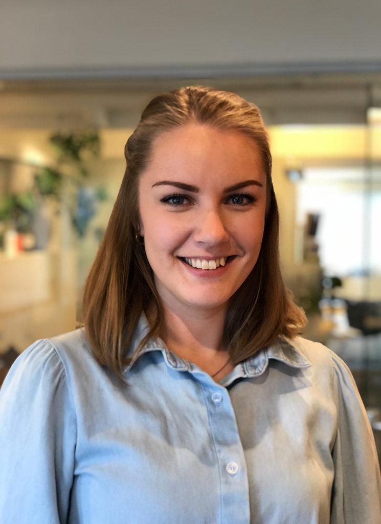 Bilde av Hanne Grøtli Løkken, digital markedsfører i Haus Byrå - stående bilde